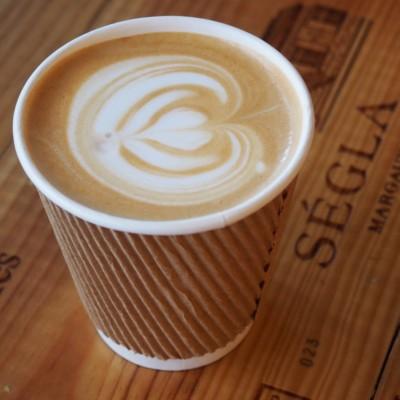 Indie koffiebar Essence in Shanghai; © Marjan Ippel