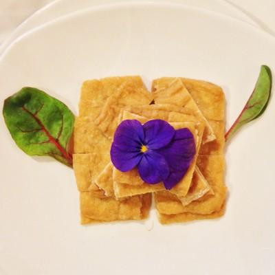 Tofu staat voor rijkdom en geluk; © Marjan Ippel