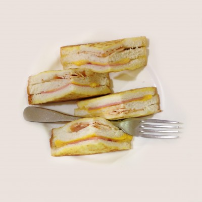 Meet the Monte Cristo sandwich; © Marjan Ippel